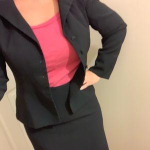 NWOT Evan Picone 2 piece suit - jacket & skirt